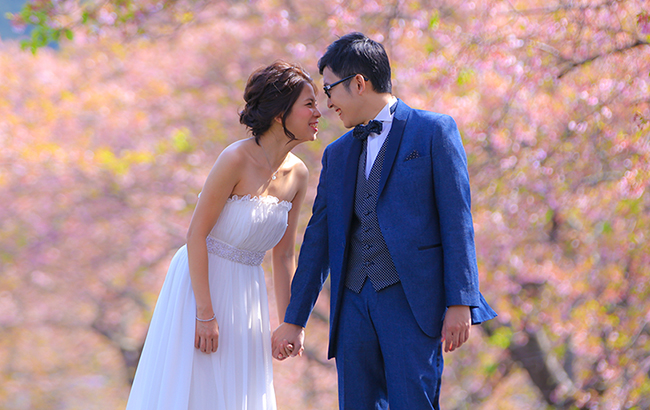 DE & Co. Decollte Wedding Photography in Japan. A Japanese Wedding Photo Studio. | 德可莉日本專業婚紗攝影 | Mt. Fuji | 富士山 | Kawazu-zakura in Izu | 伊豆。河津櫻