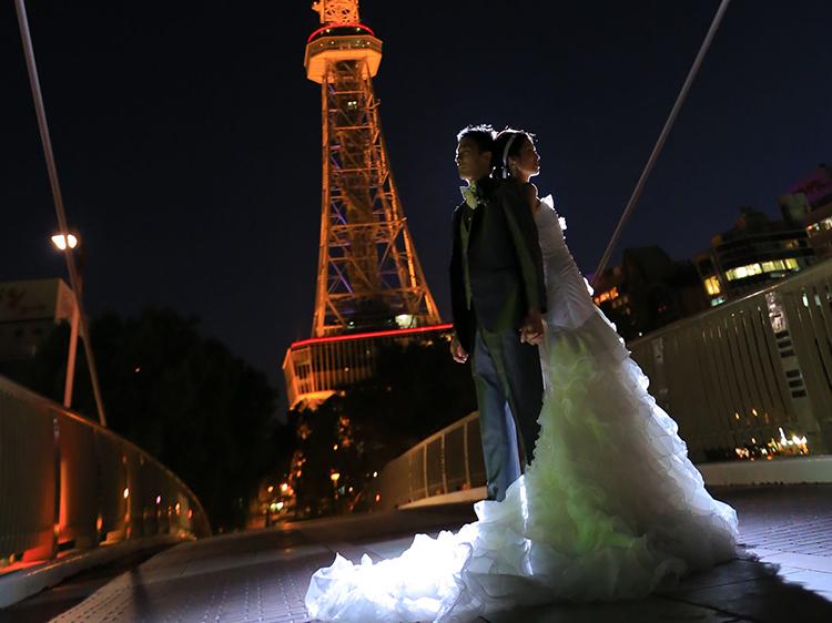 DE & Co. Decollte Wedding Photography in Japan. A Japanese Wedding Photo Studio.   德可莉日本專業婚紗攝影   Nagoya   名古屋   Catch the light   魅力燈影