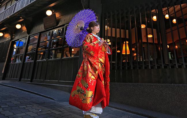 DE & Co. Decollte Wedding Photography in Japan. A Japanese Wedding Photo Studio. | 德可莉日本專業婚紗攝影 | Kobe | 神戶 | 有馬 Arima