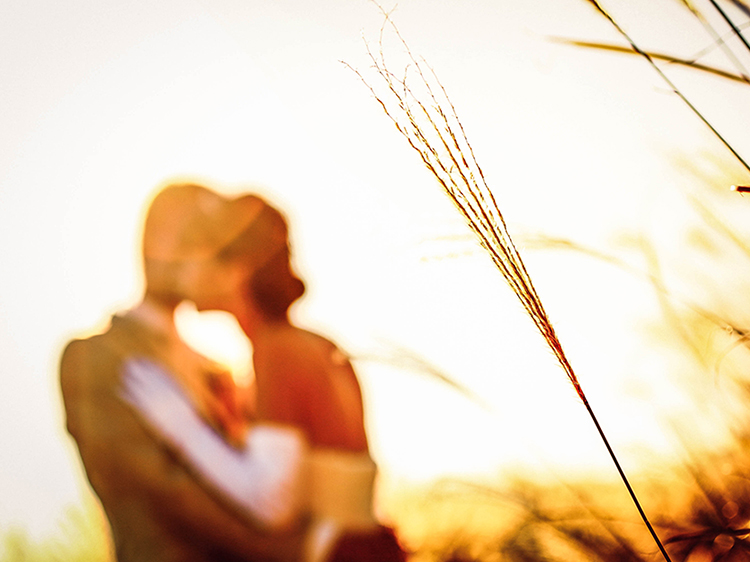 DE & Co. Decollte Wedding Photography in Japan. A Japanese Wedding Photo Studio.   德可莉日本專業婚紗攝影   Osaka   大阪   Waltz with Highland   高原上的華爾茲